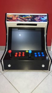homemade street fighter 2 themed bartop : front
